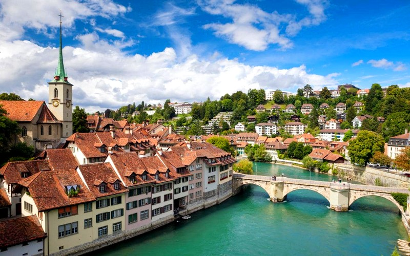 09-switzerland-bern