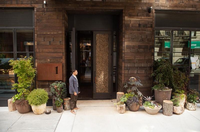 1 Hotel Central Park City - Main Entrance
