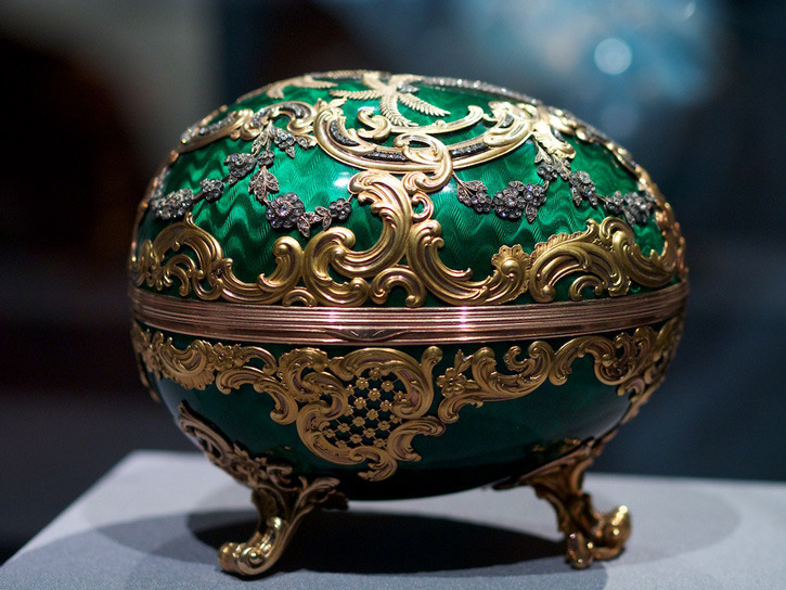 1902kelchrocaille-egg-by-faberge