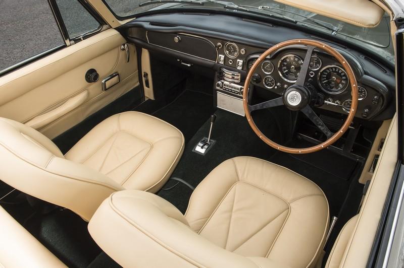 1968-aston-martin-db6-mk1-interior