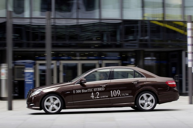 E300-BlueTEC-HYBRID MB World's Most Economical Luxury Vehicle