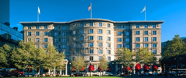 The historic fairmont copley plaza hotel in boston for Historic hotels in boston