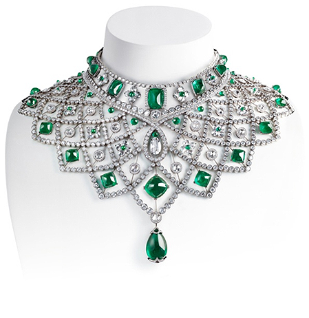 Romanov necklace can be transformed and worn in several different ways