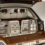 The Bentley EXP 9 F Picnin accessories