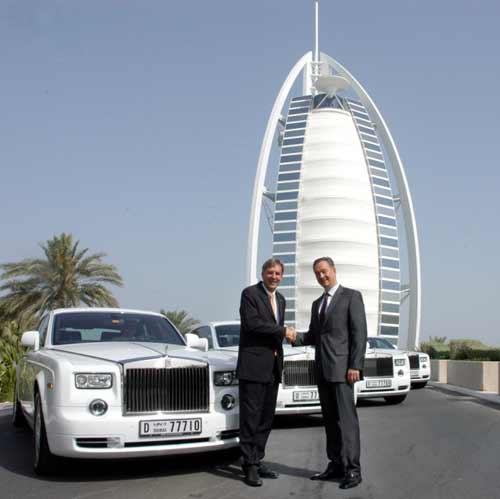 Rolls-Royce-at-Burj-Al-ArabLuxuryHotel