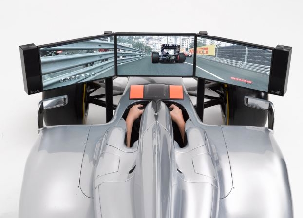 F1 simulator New racing simulator costs as much as a real car