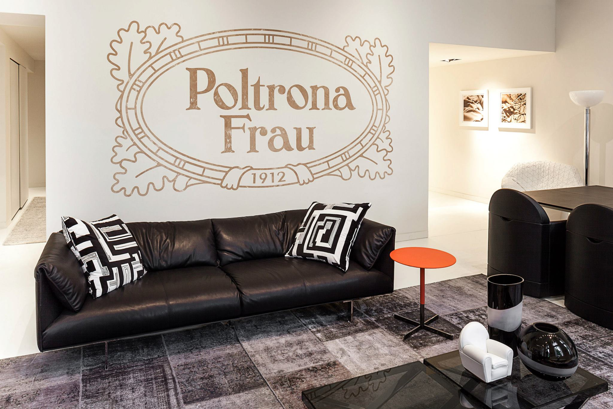 poltrona frau s first showroom in cologneluxury news best of luxury interviews event calendar. Black Bedroom Furniture Sets. Home Design Ideas