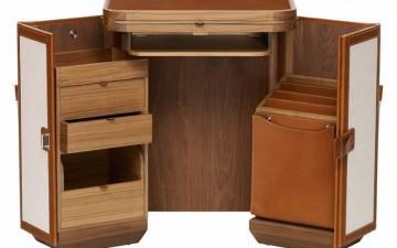 Hermès' Coffre à Lutrin portable desk