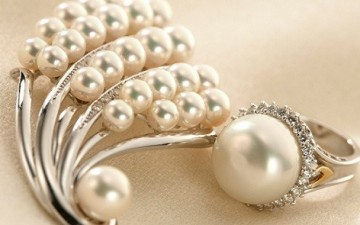 Freshwater Pearl Jewellery: How is it Made?