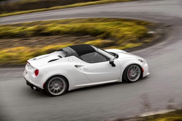 2015 Alfa Romeo 4C Spider-white