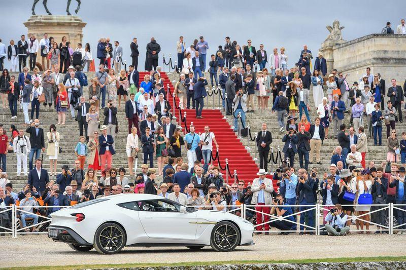 2016 Chantilly Arts & Elégance Richard Mille at Chantilly, Oise, France-Concept-Car Aston Martin Vanquish Zagato Coupé