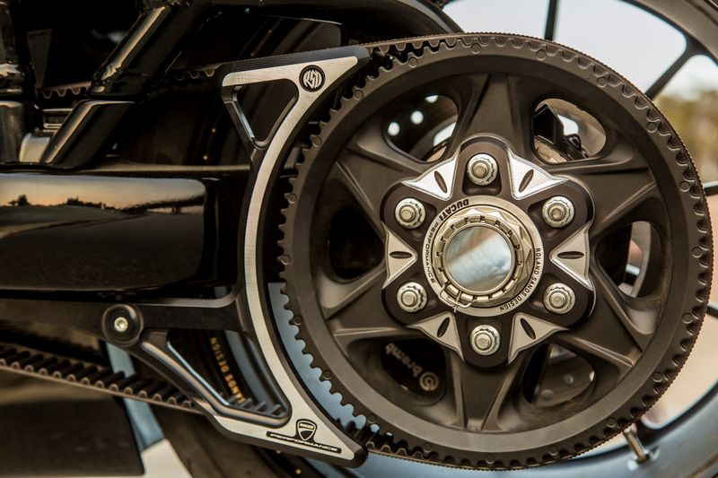 2016 ducati-xdiavel_by_roland_sands-