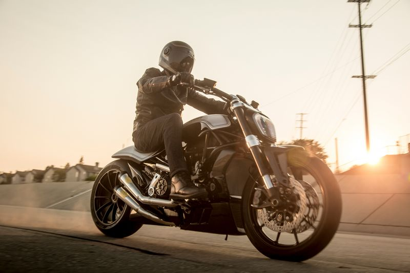 2016 ducati-xdiavel_by_roland_sands--2luxury2com