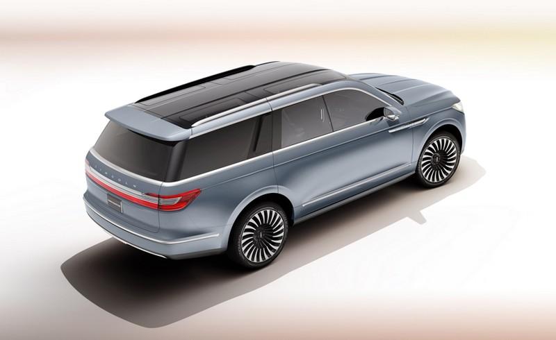 Lincoln Navigator Concept overhead