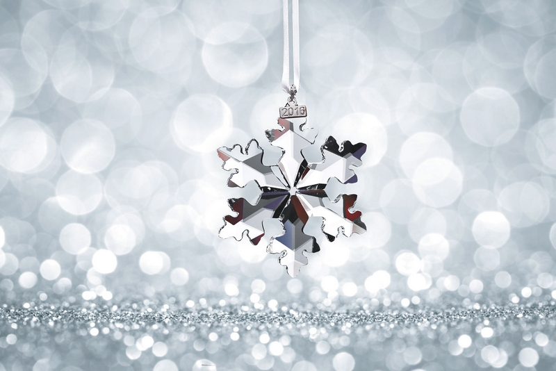 2016-snowflake-by-swarovski