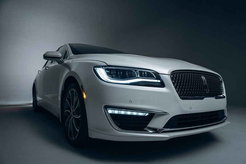 2017 Lincoln MKZ - -3 4