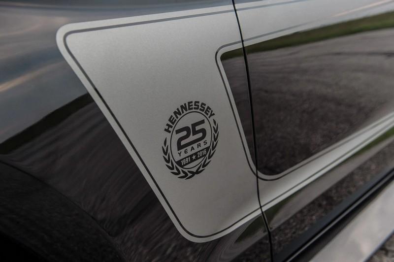 2luxury2 25th Anniversary Hennessey Mustang---002