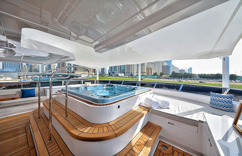 2luxury2-The epitome of truly royal cruising - Gulf Craft Majesty 35 luxury yacht