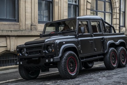 670 Hp Kahn Design Flying Huntsman 6×6 by Urban Warrior