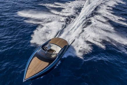 AM37 powerboat – First powerboat developed by Aston Martin and Quintessence Yachts