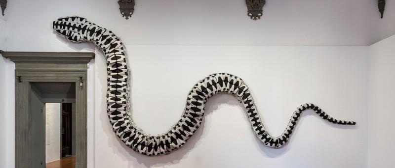 ai-weiwei-major-retrospective-libero-at-palazzo-strozzi-in-florence-snake