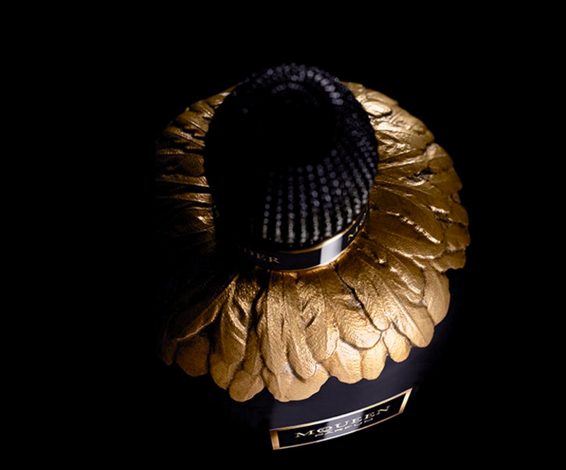 Alexander McQueen Parfum bottl