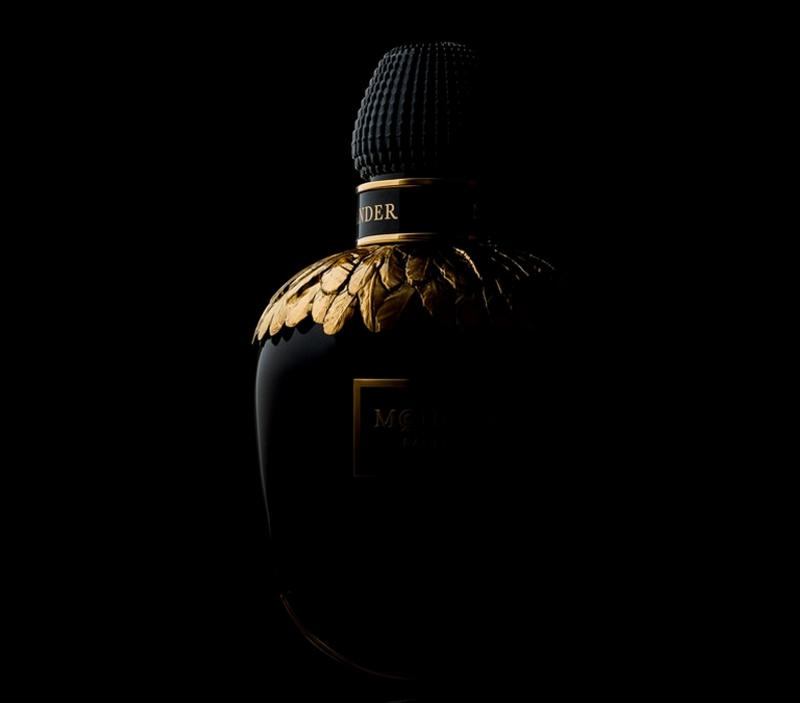 Alexander McQueen Parfum - the signature scent for women-2016