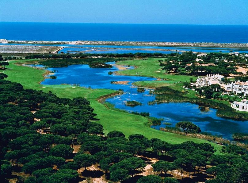 Algarve Quinto da Lago golf possibilities