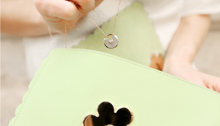 #AmuletteDeCartier-chrysopase necklace