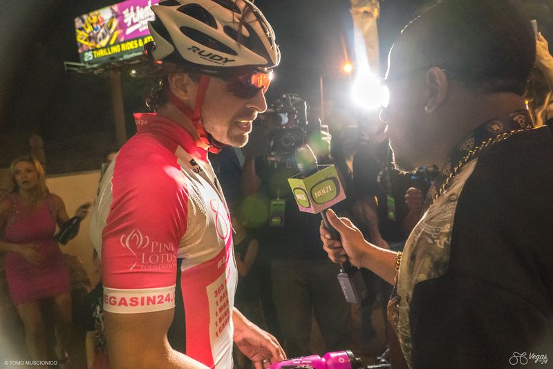 andy-funks-365-mile-la-to-vegas-fundraiser-in-support-of-the-pink-lotus-foundation-2luxury2com-005