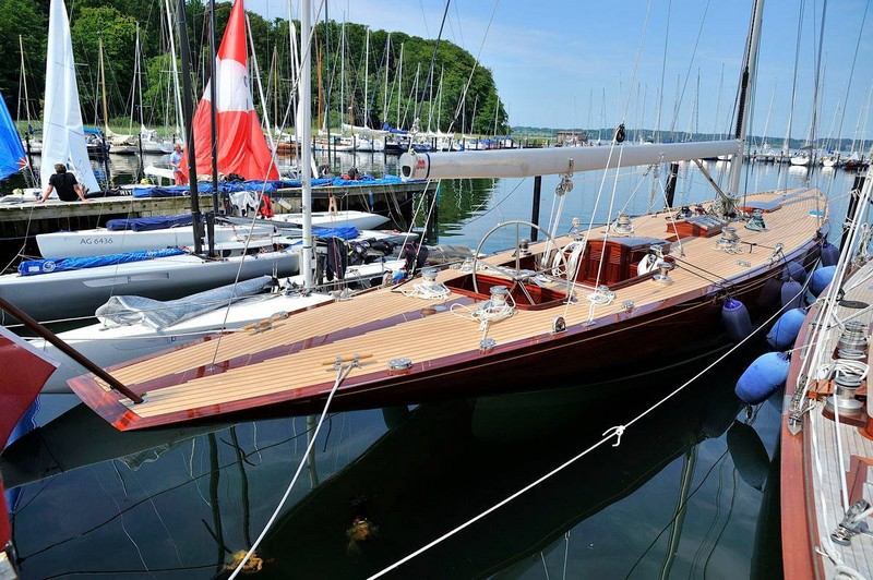 anker-434-the-first-12-metre-to-be-constructed-of-wood-in-over-50-years