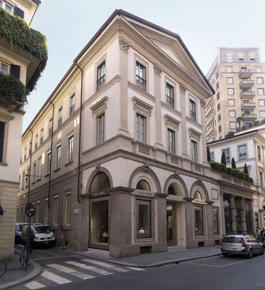 Armani - the flagship store in Milan on Via Monte Napoleone-2015-exterior