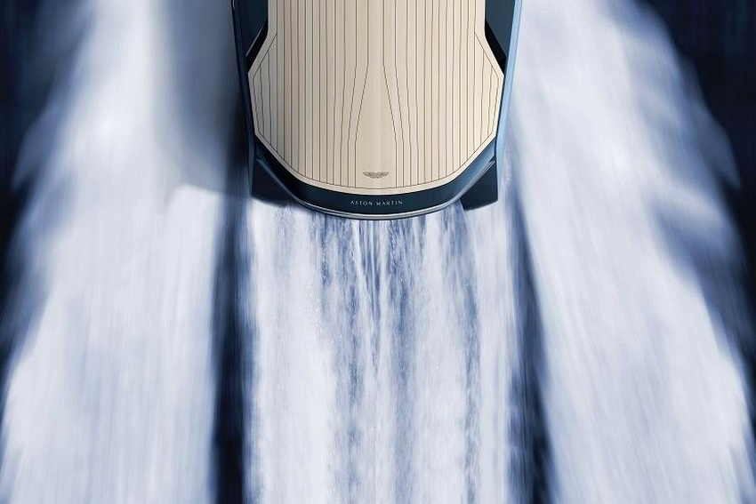 Aston Martin AM37 Quintessence Yacht-2016
