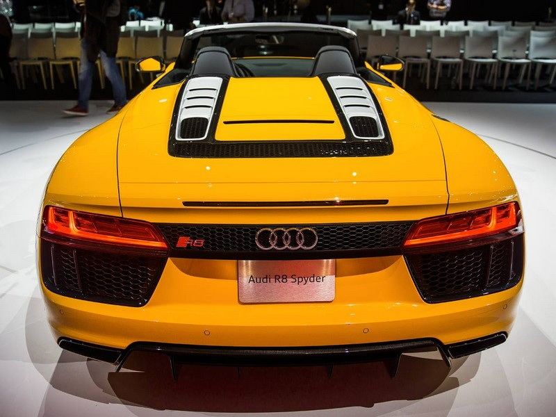 Audi R8 Spyder delivers undiluted emotion NYIAS 2016