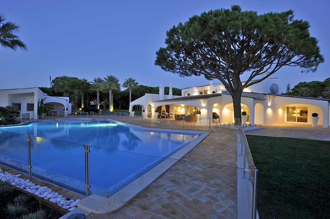 Ayrton Senna's luxury Algarve villa gone on sale for around €9.5 million