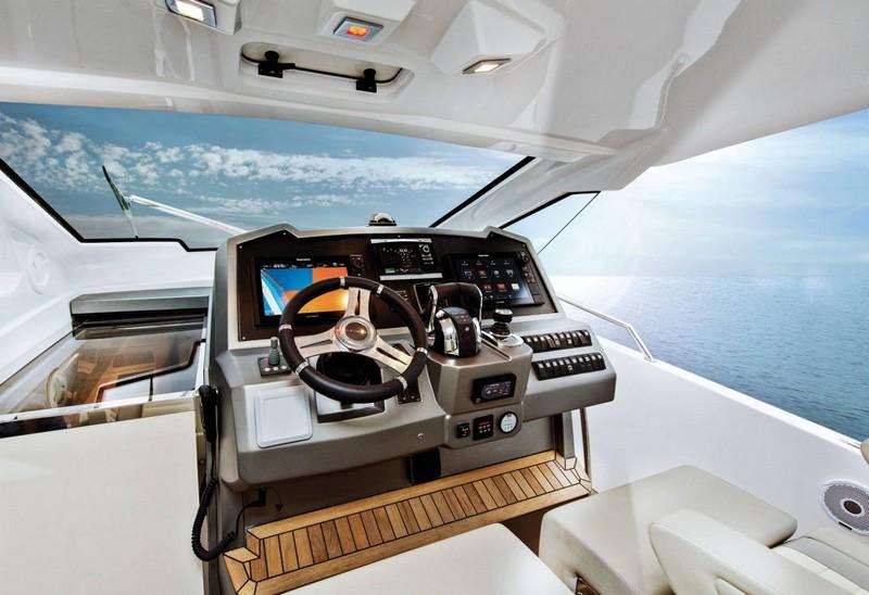 azimut-yachts-verve-40-world-premiere-at-2016-flibs