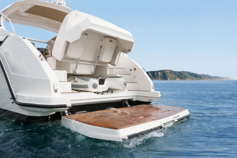 Azimut Yachts's fleet -Azimut Atlantis 43--