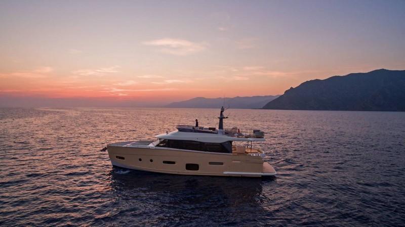 Azimut Yachts's fleet -Azimut Magellano 66-