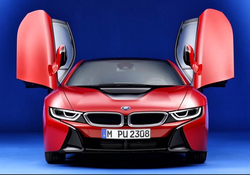 BMW i8 Protonic Red edition--
