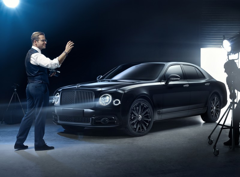 bamford-x-bentley-mulliner-mulsanne-speed-car-exterior-with-george-bamford