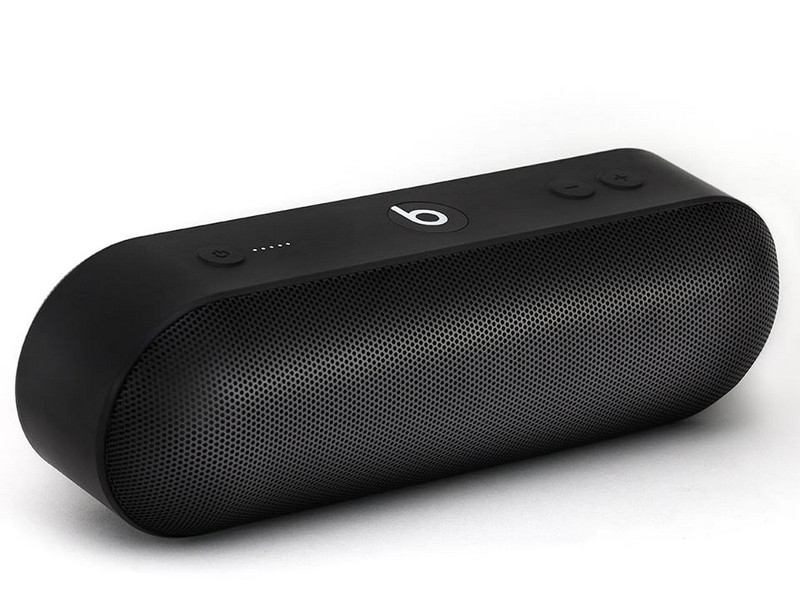 Beats-Pill Plus - first apple era speaker-2015
