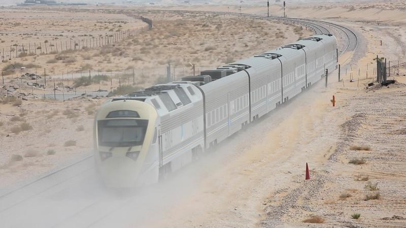 Bentley's Desert Train race (7)