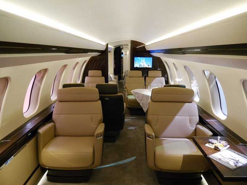 Bombardier Global 7000 Luxury Jet-EBACE