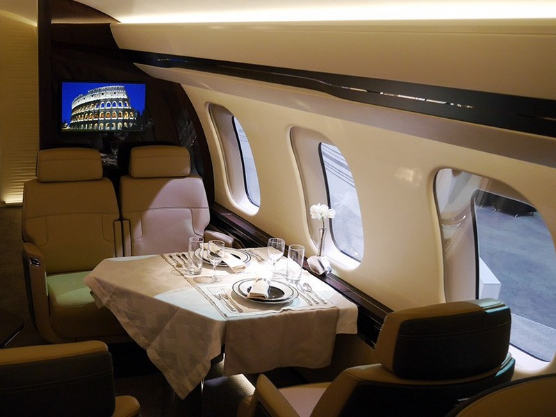 Bombardier Global 7000 Luxury Jet-interior details