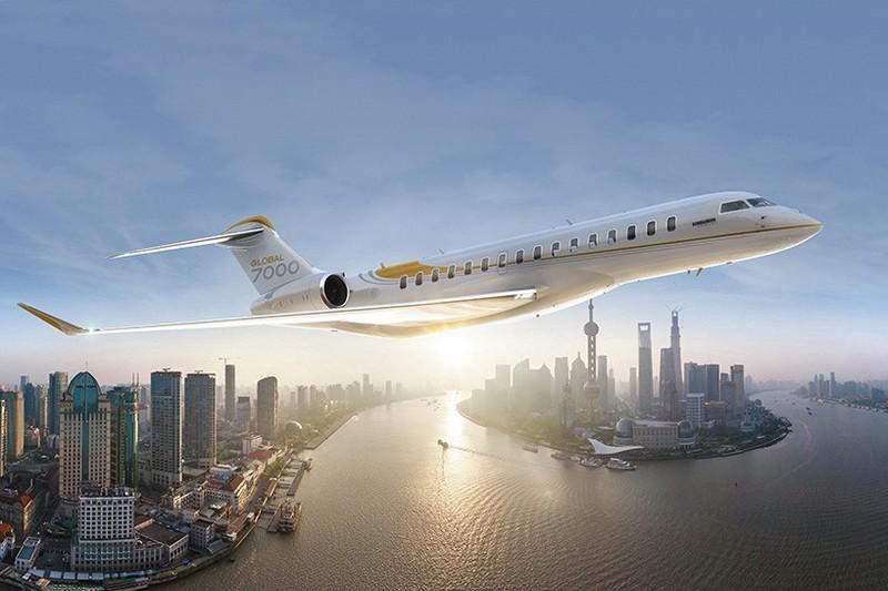Bombardier Global 7000 Luxury Jet