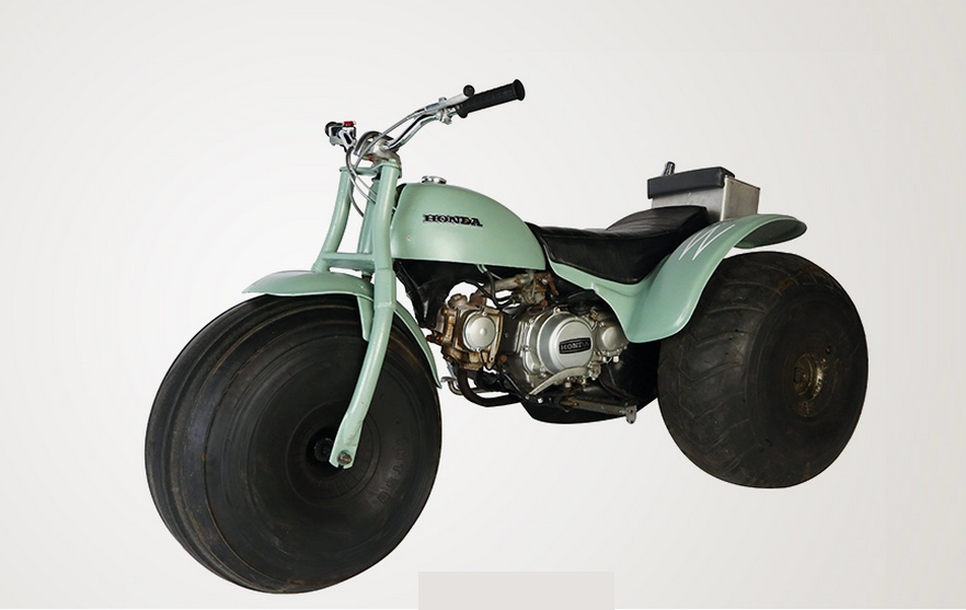 Bond in Motion -DIAMONDS ARE FOREVER 1971 - HONDA ATC 90