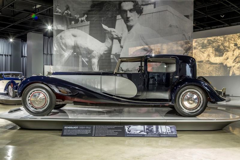 bugatti-exhibition-at-the-petersen-automotive-museum-los-angeles-2016-2017-01