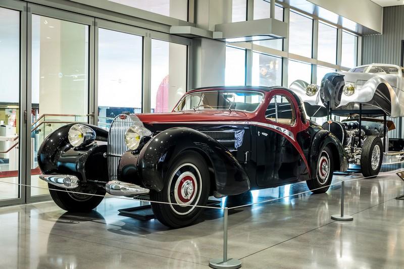 bugatti-exhibition-at-the-petersen-automotive-museum-los-angeles-2016-2017-03