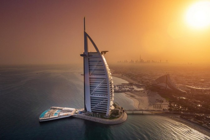The world's most luxurious hotel unveils world-first terrace
