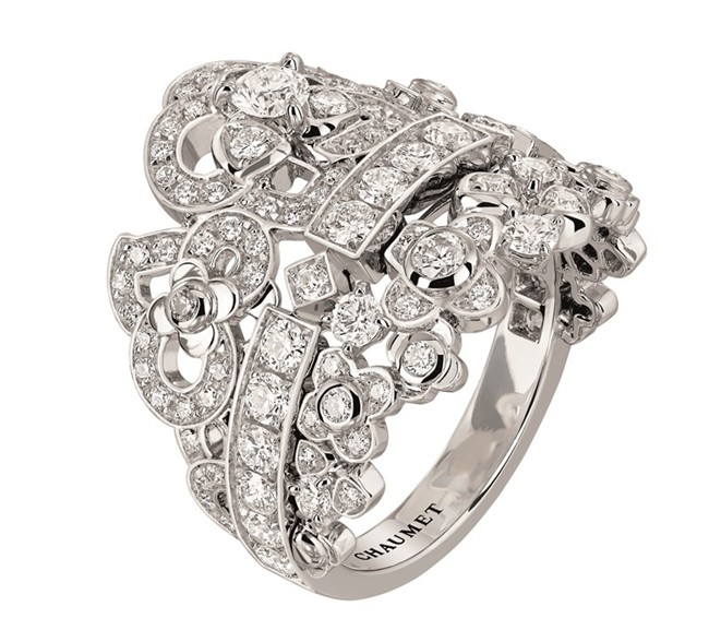 Chaumet Hortensia celebration ring